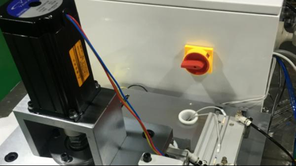 自动化尺寸在线测量仪在工业中的应用